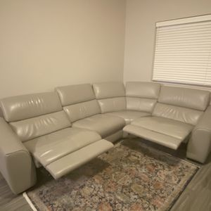 Dania Megalo Leather Power Reclining Sectional for Sale in Vancouver, WA