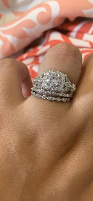 Sterling silver ring set size 7.5 for Sale in Tyler, TX