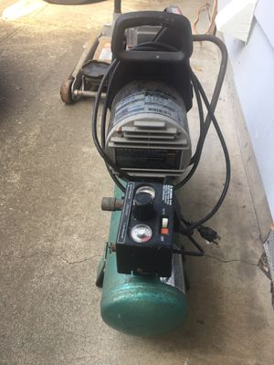 3 gal air compressor for Sale in Vancouver, WA