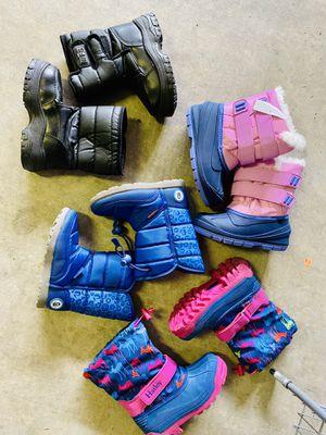 Snow boots size 10 kids for Sale in Surprise, AZ
