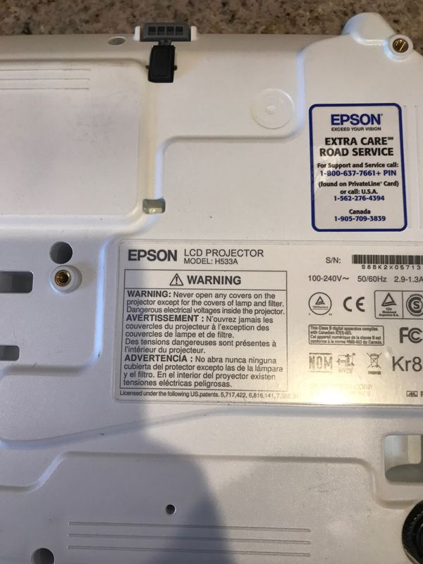 Epson Projector Model H533A and screen for Sale in Columbia, SC - OfferUp