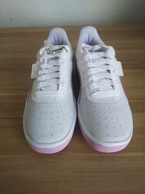 Women pumas size 9 for Sale in Washington, DC