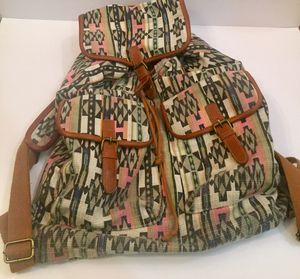 Girls Mossimo backpack for Sale in Las Vegas, NV