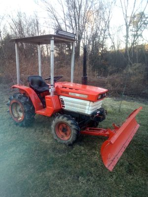 Kubota tractor for Sale in Middleburg, PA
