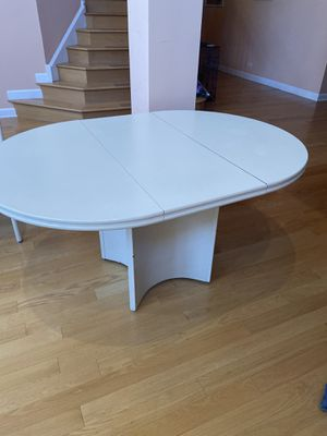 Kitchen table for Sale in Vernon Hills, IL