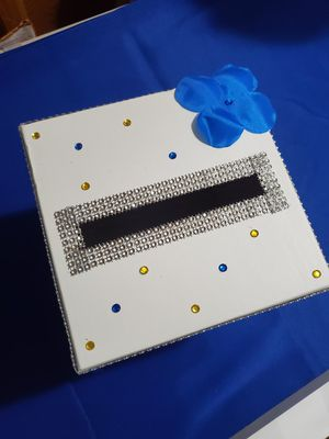 We can costumise card box for Sale in Leesburg, VA