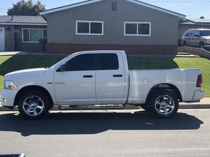 2009 Dodge Ram 1500 4x4 for Sale in Bakersfield, CA