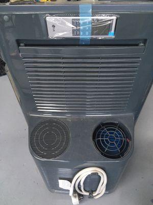 Portable AC unit w remote for Sale in Chula Vista, CA