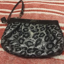New Authentic Coach Wristlet for Sale in Medford,  MA