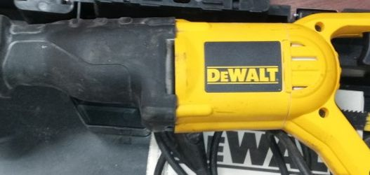 Dewalt Saw Reciprocal for Sale in Los Angeles,  CA