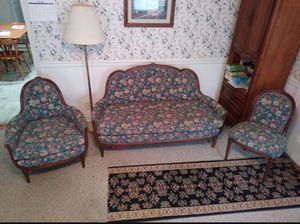 Old-timey furniture set for Sale in Suffolk, VA