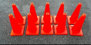 18 in traffic safety cones 10 piece for Sale in Greenville, SC