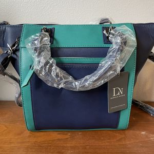 BRAND NEW Danielle Nicole Bag for Sale in Brush Prairie, WA