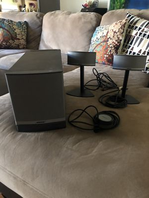 Bose companion 5 multimedia speaker for Sale in Los Angeles, CA