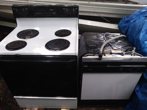 Whirlpool Stove and Dishwasher for Sale in Palm Bay, FL