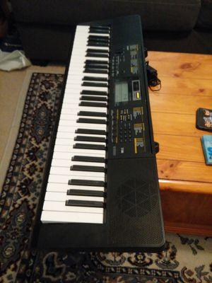 Casio keyboard for Sale in Gilbert, AZ