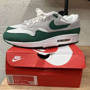 Nike Air Max 1 EVERGREEN 11.5 for Sale in Seattle, WA