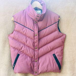 Woolrich vintage woman's vest for Sale in Long Beach, CA