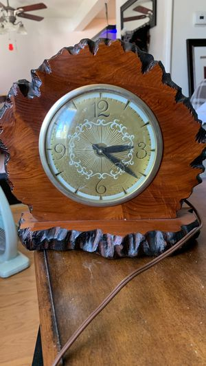 Lanshire antique clock for Sale in Lawndale, CA
