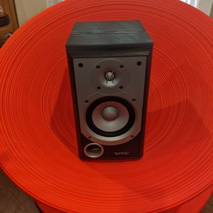 Infinity Bookshelf Speaker 8 Ohms for Sale in Irwindale, CA