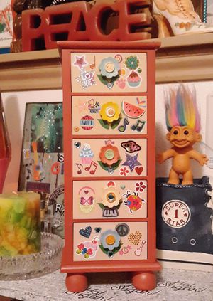 Funky Fun Disney pins & More +Girlie Girl Jewelry Box for Sale in Tacoma, WA