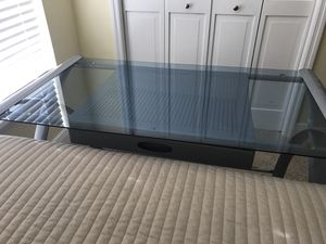 L shaped glass desk for Sale in St. Cloud, FL