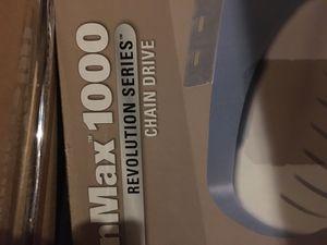Genie chain max 1000 garage door opener!! for Sale in Malvern, PA