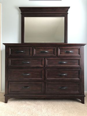 Dresser with Mirror and Nightstand for Sale in Redmond, WA