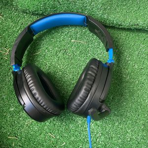 This Is Turtle Beach Headset Compatible With Any Device for Sale in Los Angeles, CA