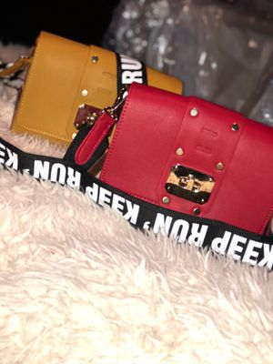Keep Run cross body for Sale in MIDDLE CITY EAST, PA