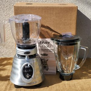 "NEW Oster ""Whrilwind"" classic collection Blender with food chopper for Sale in Los Angeles, CA"