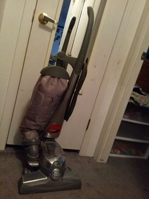 Kirby vacuum $200 comes with lifetime warranty and all the attachment for Sale in Salem, OR