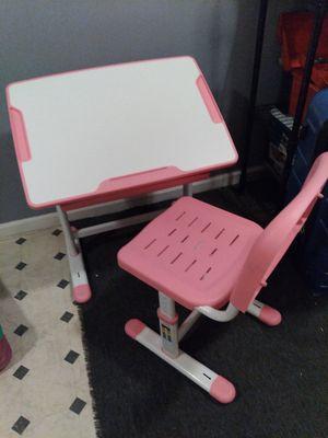 Adjustable Children's desk for Sale in Fontana, CA