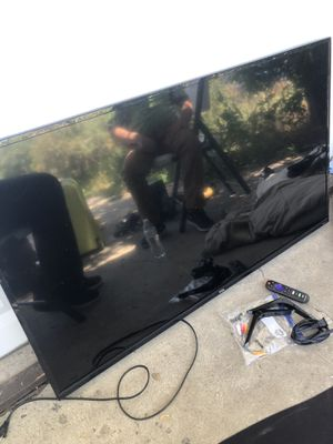 "TCL 50"" class series 4-series 4K roku tv for Sale in Commerce City, CO"