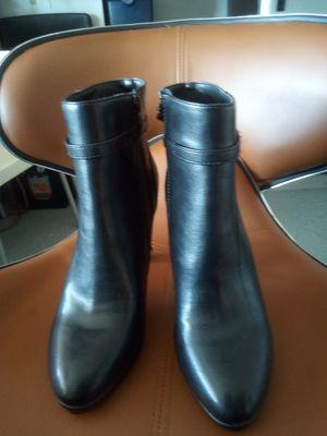 $1 high heel boots for Sale in Hesperia, CA