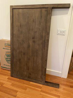 Solid Wood queen Head Board for Sale in Sacramento, CA