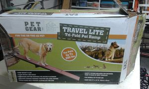 Tri fold pet ramp for Sale in NC, US