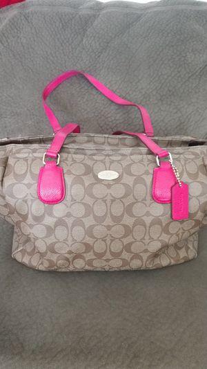 bce043fb5961 Green Kathy Van Zeeland purse for Sale in Chino