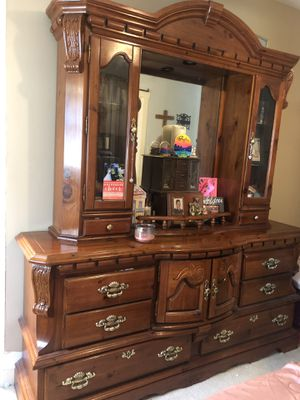 Bed set: Full/Queen bed, dresser, and nightstand for Sale in Westphalia, MO