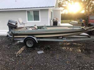 17 foot Dawson bass boat for Sale in Plant City, FL