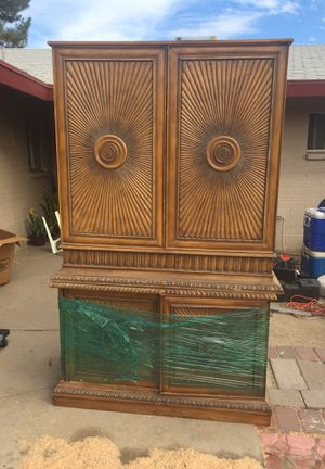 TV and clothes for Sale in Scottsdale, AZ