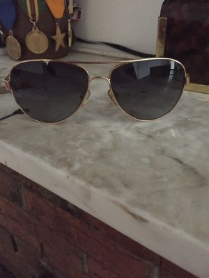 Tory burch sunglasses for Sale in Hyattsville, MD