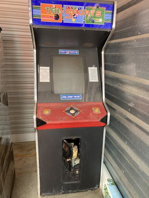 vintage arcade game-tri sport for 1-4 players: pool shark, power strike and mini golf with quarter slot for Sale in St. Louis, MO