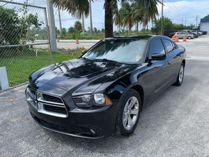 2012 Dodge Charger BEAUTIFUL for Sale in Miami, FL
