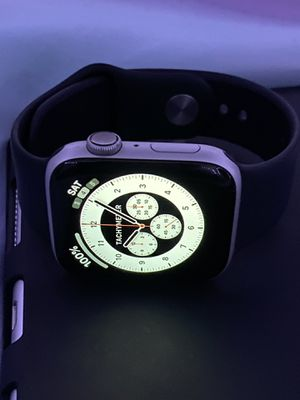 Apple Watch 44mm series 4 for Sale in Washington, DC