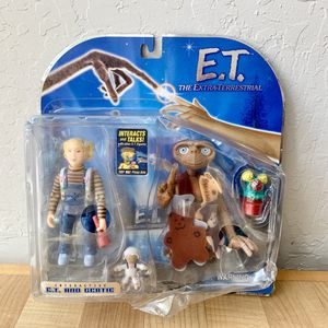 NEW 2001 E.T. The Extra Terrestrial Alien Interactive ET and Gertie Action Figures Toy R Us Exclusive for Sale in Elizabethtown, PA