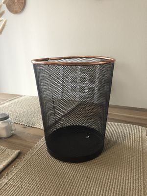 Office trash can for Sale in Richmond, KY