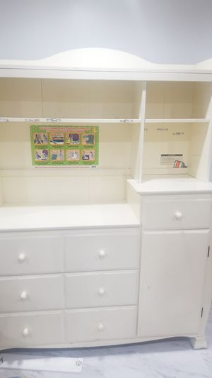 Diaper Changing table for Sale in New York, NY