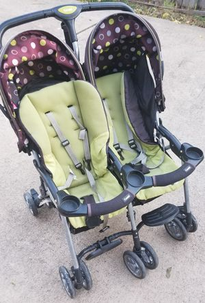 Combi Double Stroller for Sale in Grand Prairie, TX
