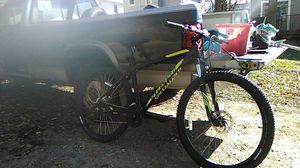 specialized hard Rock 7 speed ,,barely used for Sale in Sioux Falls, SD